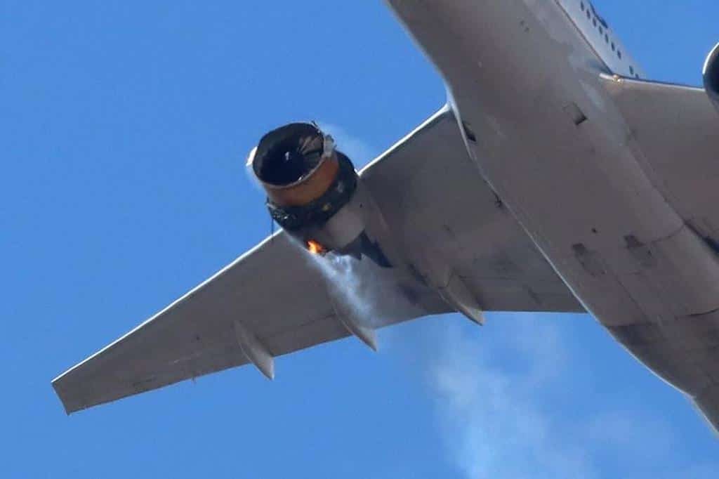 Boeing Recommends Airlines Suspend Use Of Some 777s